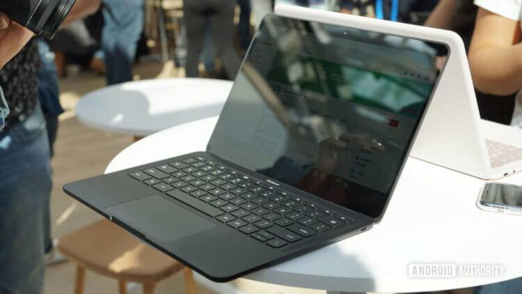 Google-Pixelbook-Go-on-table-in-black-1200x675-750x422.jpg